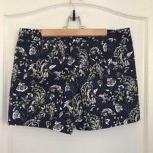 """5"""" Floral Coastal Stretch Shorts"""